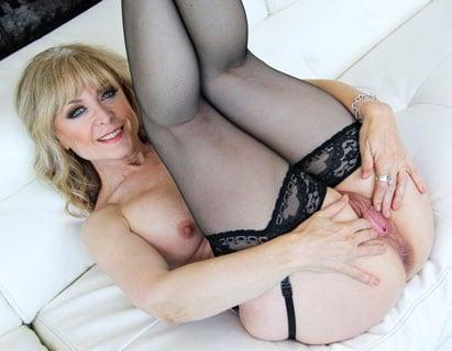 Nina Hartley seksi videot