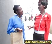 African lesbians satisfy each other