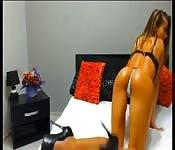 gnocca sexy in webcam oliata a dovere