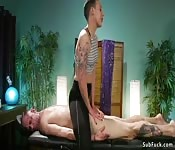 Masseuse dom anal fucks tied up guy