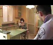 Scopa la fidanzata del padre