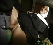Porno vintage avec une nonne