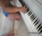 Fucking my exotic pianist girlfriend