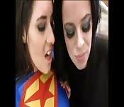 Superwoman incontra la sua debolezza