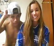 Una calciatrice maiala si fa il fidanzato in webcam