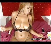 Ebony big booty shaking webcam
