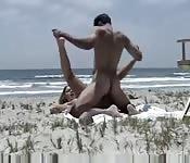 Baise amateur à la plage