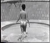 Amazing nude vintage clip