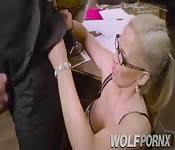 Horny secretary gives a good blowjob