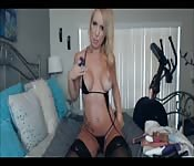 MILF hot in webcam