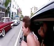 Esibizionisti su limousine