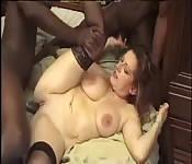 Donna francese preferisce i cazzi molto neri