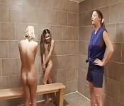 Orgie lesbienne au pensionnat