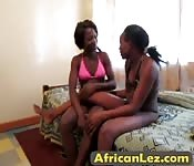Horny African sluts masturbate together
