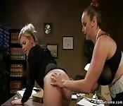 Boss lawyer anal fucks big ass blonde