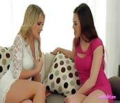 9 - Lesbian Fisting