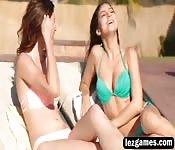Ellena and Nina pool lesbians fingering