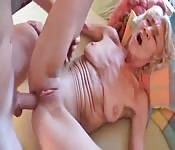 Mature bitch loves having her ass drilled