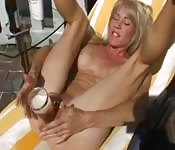 Mature German slut has a loose cunt