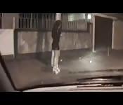 Baiser une pute dans la rue