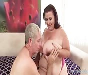 Fat Mature Lady Lynn Pummeled by Old Man