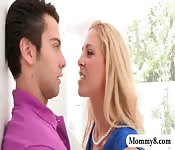 Stepmom teaches guy how to satisfy pussy