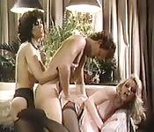 Un film vintage con molta azione bisex
