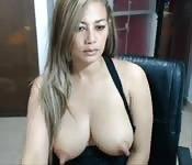 Un lot de gros seins