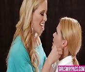 Mature babe seduces a horny lesbian girl