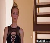 Nicole Aniston adora i cazzoni neri