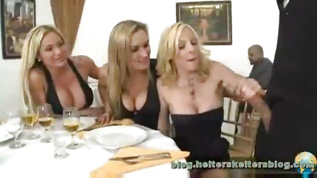 sexvideos in restraunts