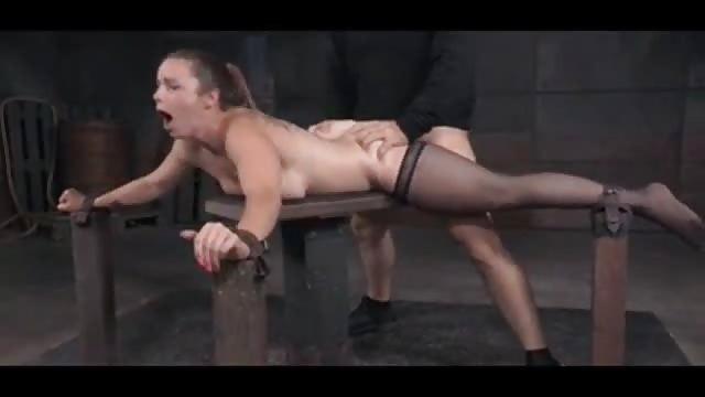 smotret-muzh-zhena-svingeri-porno