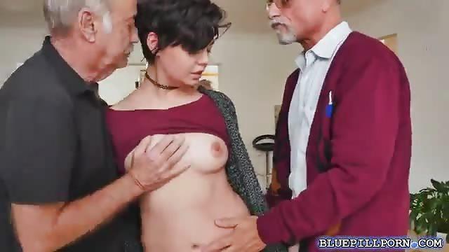 Big Dick Teen Fucks Mom