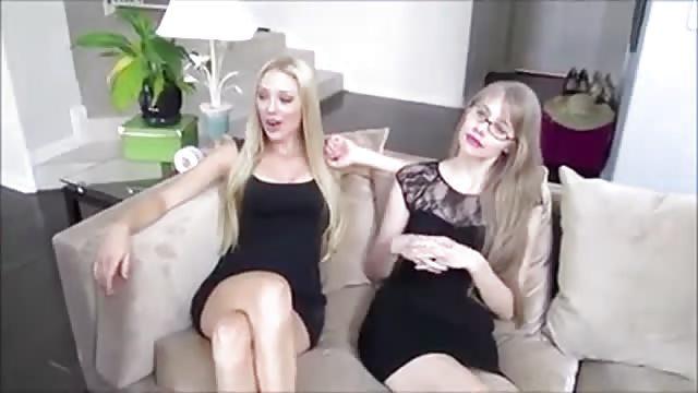 2 dresseuses et un soumis