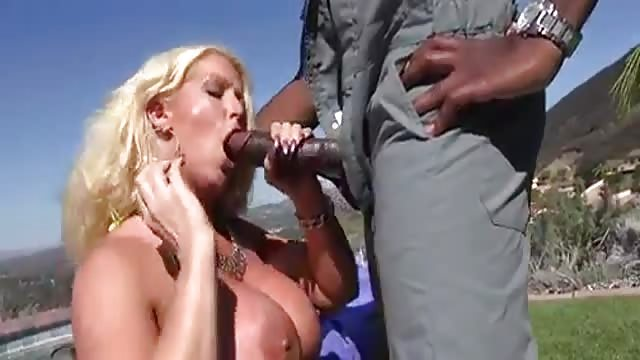 Amateur Cuckold Monster Cock