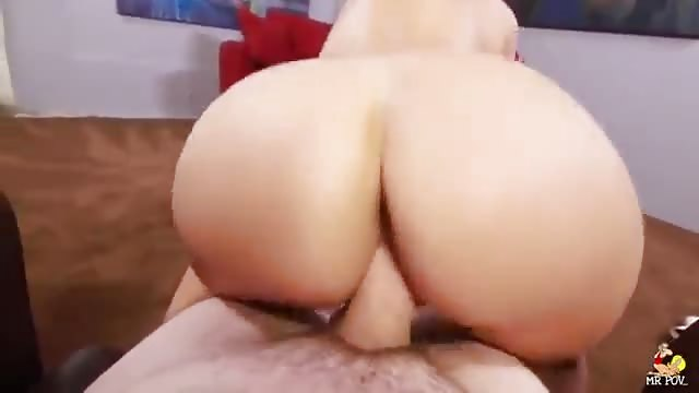 nude girls slapping each other