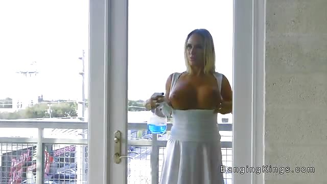 Big Tit Brunette Latina Milf