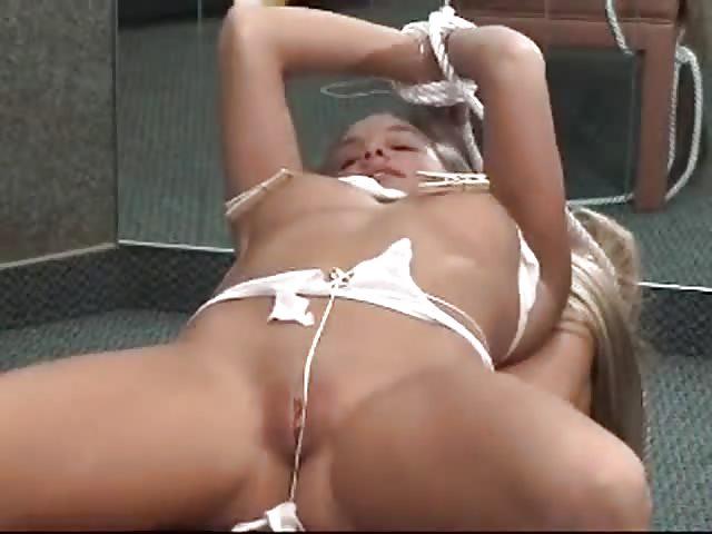 stiefel beim sex bambus foltermethode